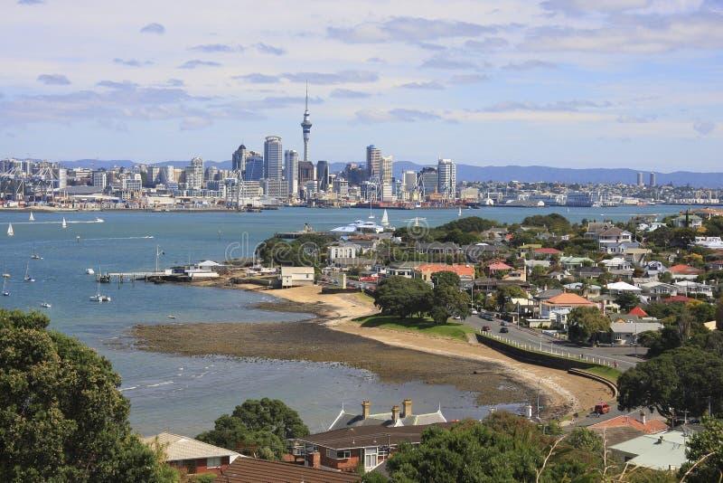 Ville et Devonport d'Auckland images libres de droits
