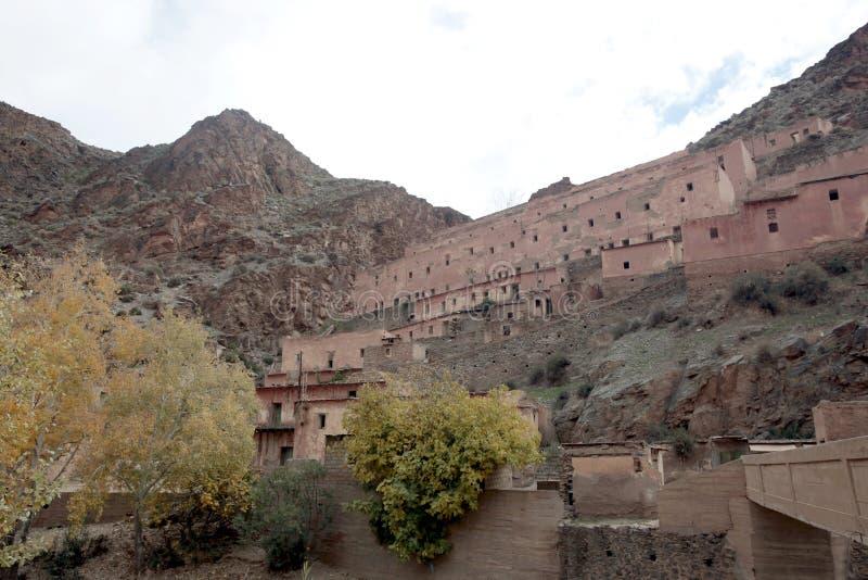 Ville française d'exploitation, montagnes d'atlas, Maroc photos stock