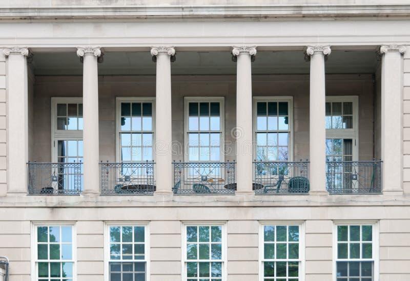 Download Ville hôtel de Waltham photo stock éditorial. Image du ville - 87702403
