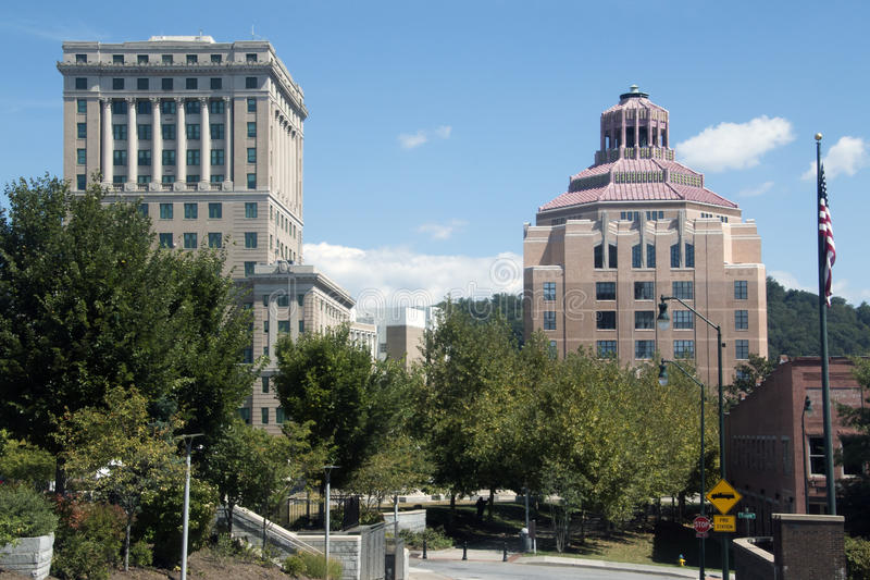 Ville hôtel et tribunal à Asheville du centre, la Caroline du Nord photographie stock