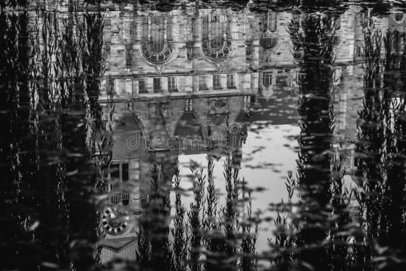 Ville Hall Reflection photo libre de droits