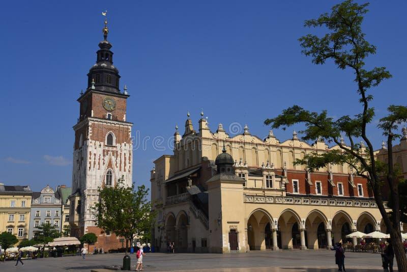Ville Hall Tower dans la place du marché à Cracovie, Cracovie, la capitale culturelle officieuse de la Pologne photo libre de droits