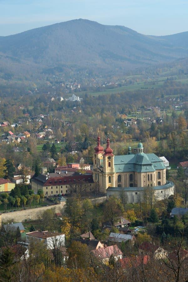 Ville Hejnice, République Tchèque de montagnes de Jizera image libre de droits