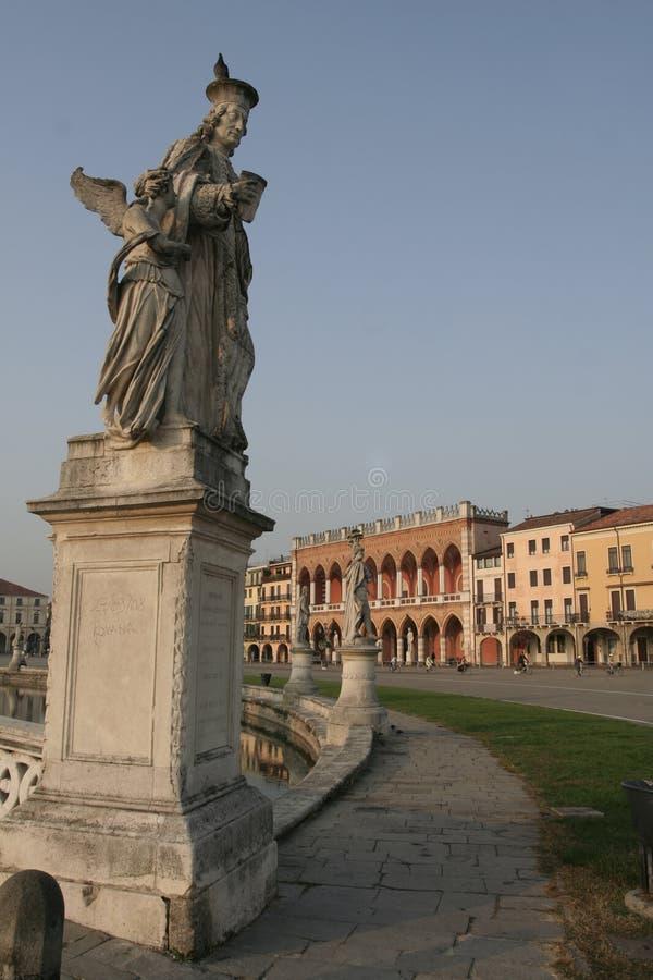 Download Ville Italie Padoue Padoue image stock. Image du sculpture - 8671729