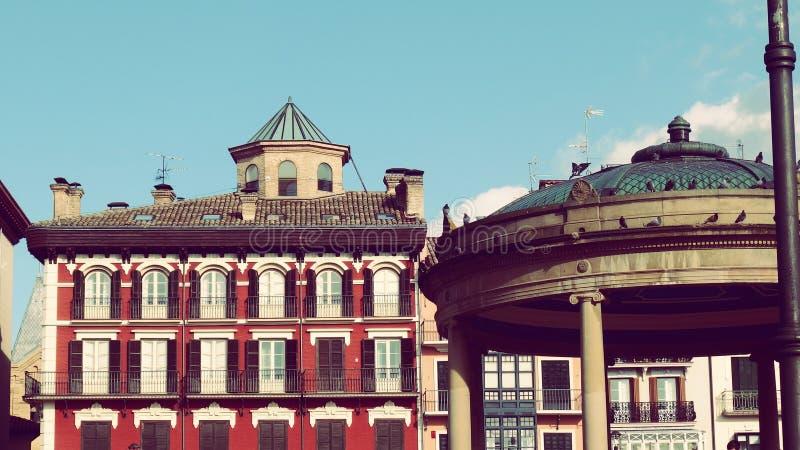Ville l'Europe de centre de la ville de Pamplona vieille photographie stock libre de droits