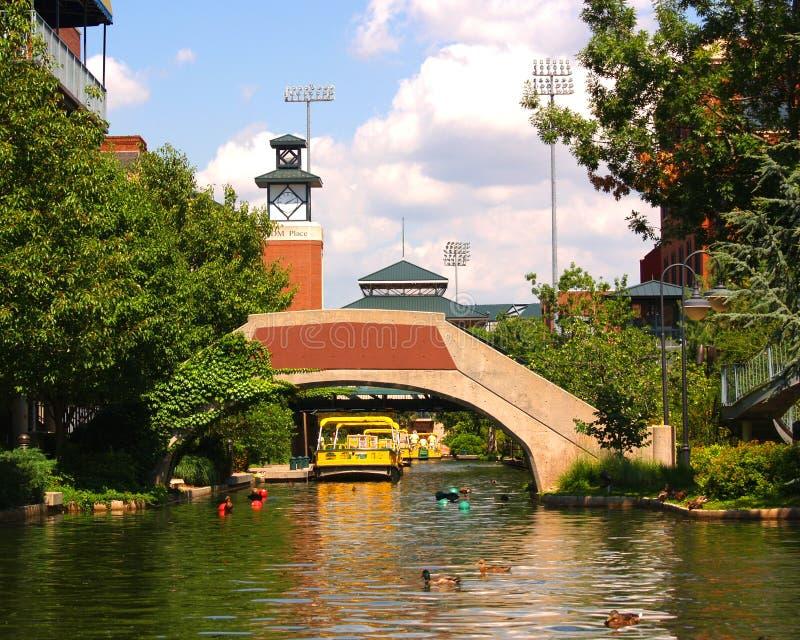 ville l'Oklahoma de canal de bricktown photographie stock libre de droits