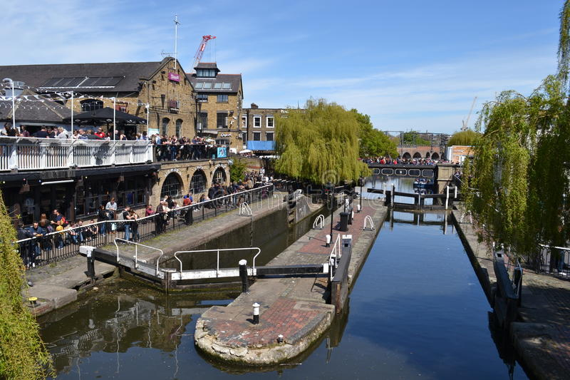 Ville Londres de Camden Lock Regents Canal Camden photos stock