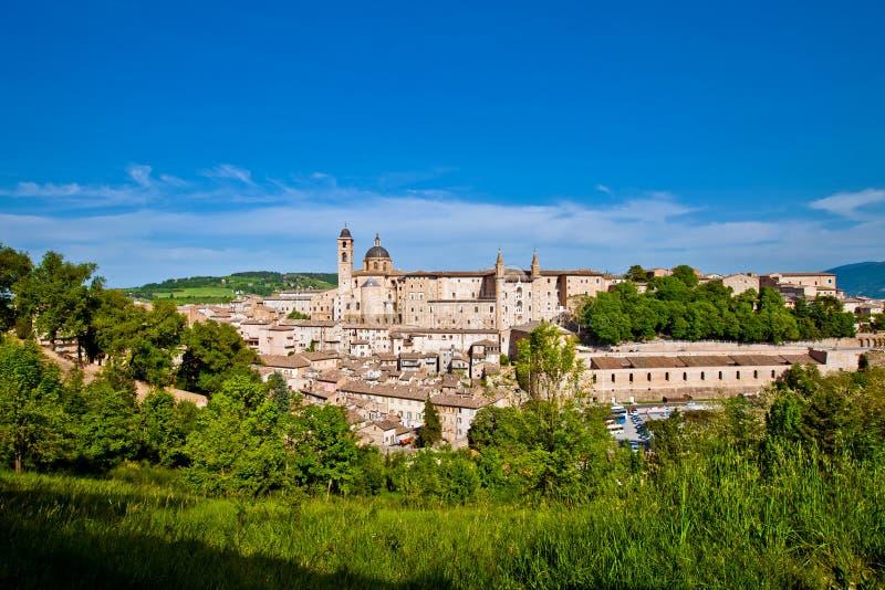 Download Ville Médiévale Urbino En Italie Image stock - Image du historique, maison: 77160529