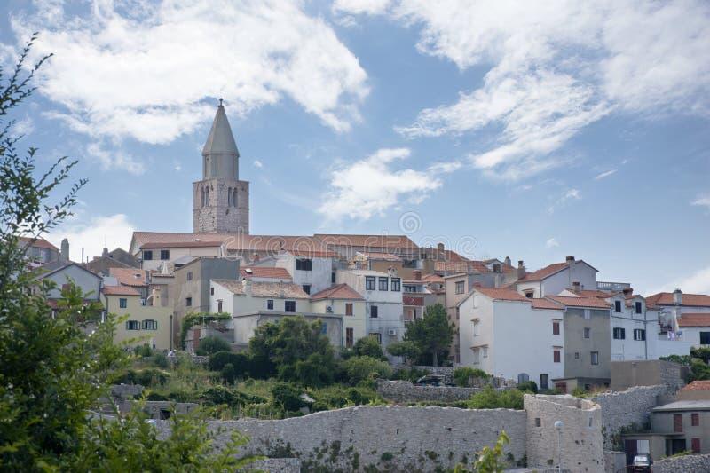 Ville méditerranéenne de Vrbnik, Croatie image libre de droits
