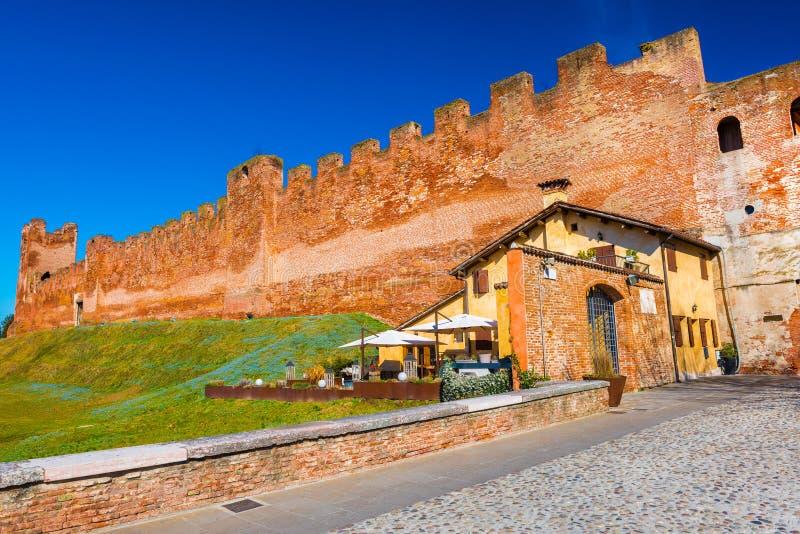 Ville murée médiévale Castelfranco Vénétie, Italie photographie stock libre de droits
