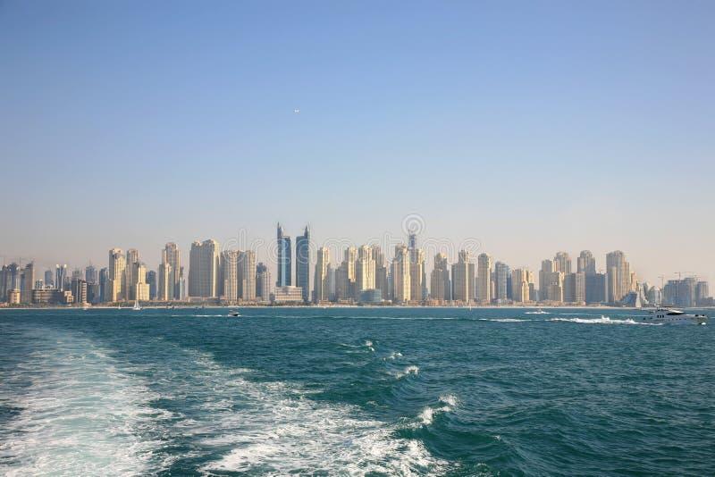 Ville neuve de Dubaï images stock