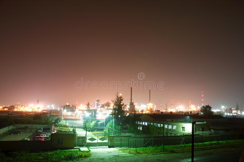 ville Nuit-industrielle photographie stock libre de droits