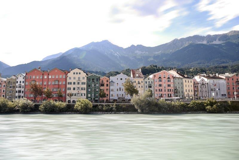 Ville stupéfiante Innsbruck de montagne image stock