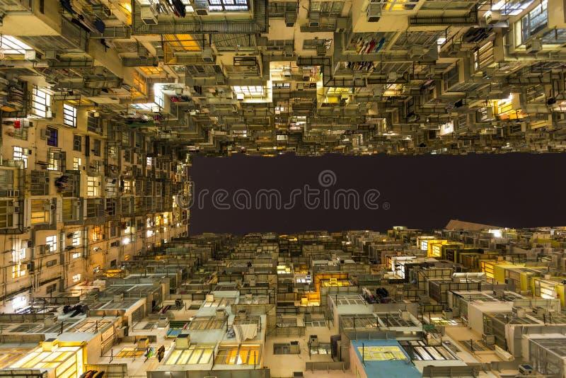 Villebrådfjärdhyreshus i Hong Kong arkivbilder