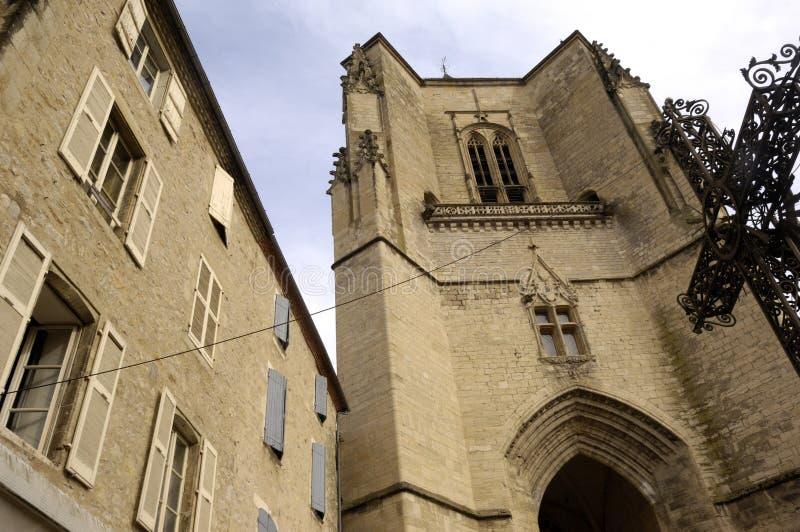 Villefranche de Rouergue é um dos locais em França imagens de stock