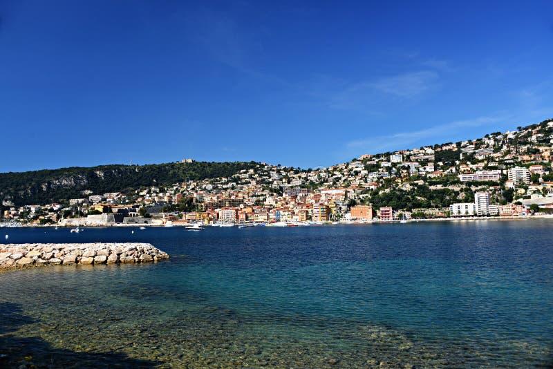 Villefranche-sur-Mer op de Kooi D ` Azur stock foto's