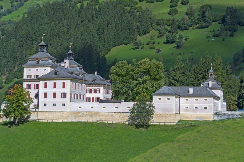 Villlage d'Alpes photographie stock libre de droits