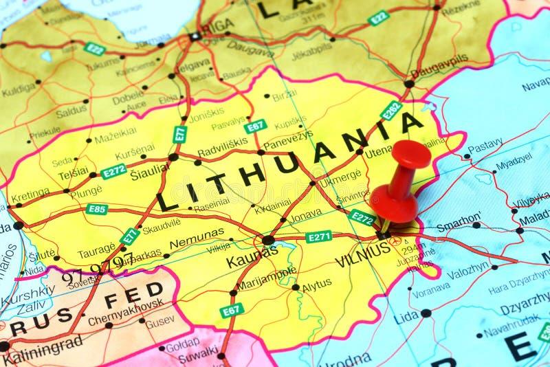 Vilna fijó en un mapa de Europa foto de archivo libre de regalías