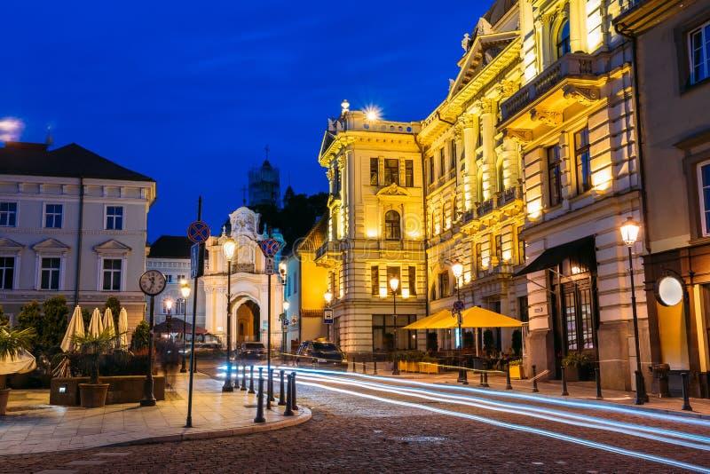 Vilna Lituania Filarmónico nacional lituano iluminada imagen de archivo