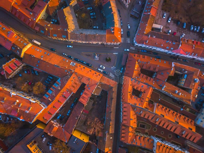 VILNA, LITUANIA - vista aérea superior de la ciudad vieja de Vilna imagen de archivo libre de regalías