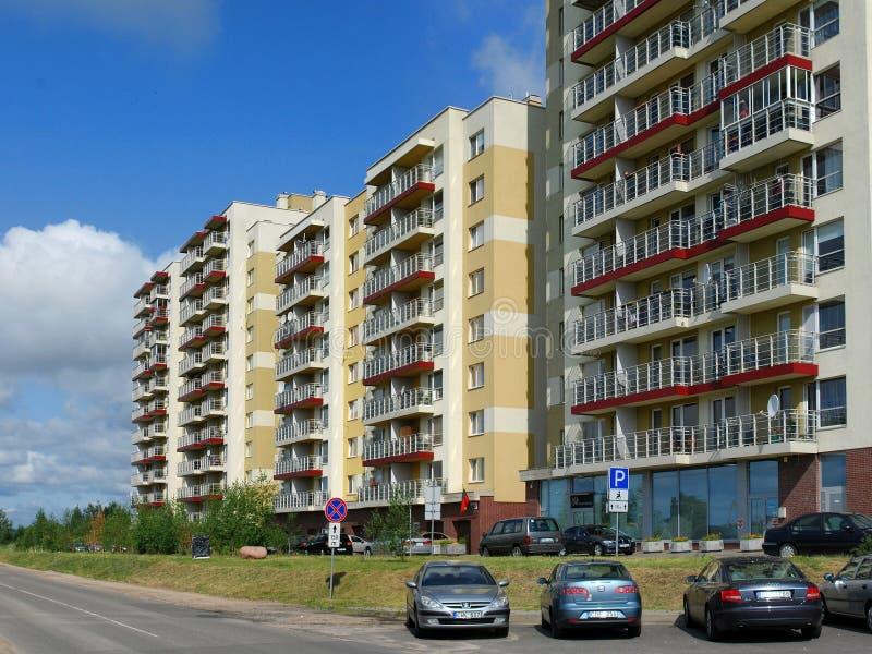 Vilnius σήμερα. Νέα κτήρια στα perkunkiemis. στοκ φωτογραφία