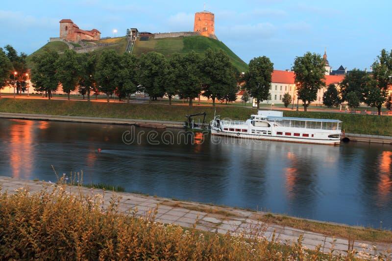 Vilnius στο ηλιοβασίλεμα στοκ εικόνα