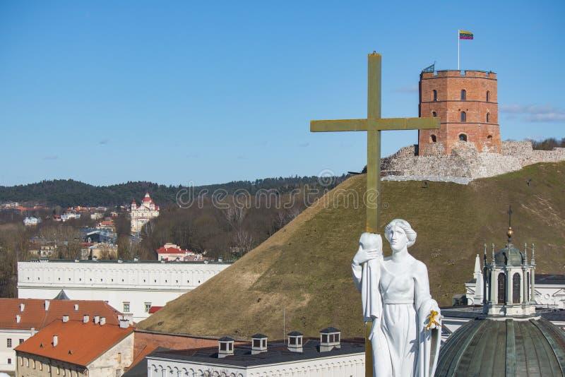 vilnius της Λιθουανίας Εναέρια άποψη σε Vilnius Πανόραμα Vilnius: Κάστρο Gediminas, ποταμός Neris, παλαιά πόλη και άλλα αντικείμε στοκ φωτογραφίες