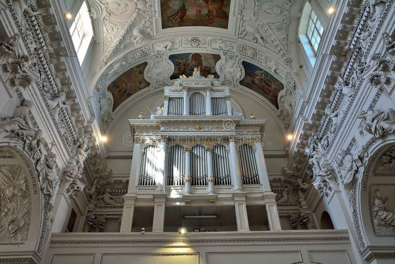 Vilnius - chiesa dello Sts Peter e Paul fotografia stock libera da diritti