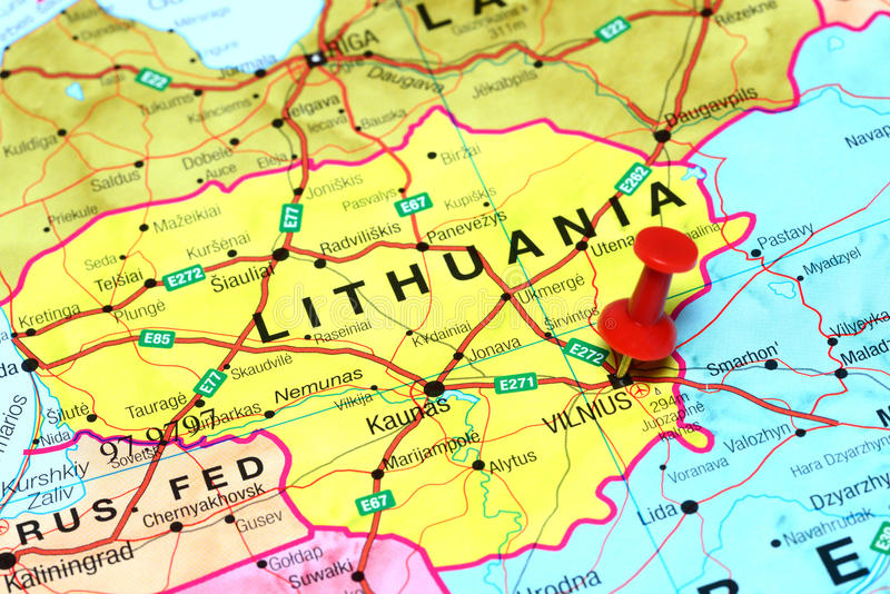 Vilnius a goupillé sur une carte de l'Europe photo libre de droits