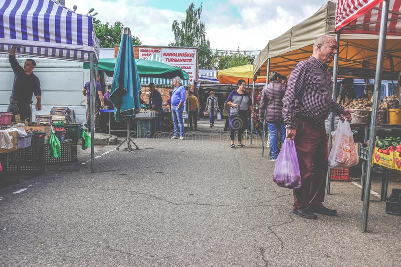 Vilnius Karoliniskes marknadsställe arkivbild