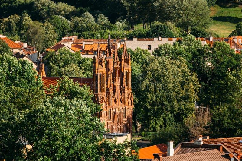 Vilnius, Litauen Ansicht der Römisch-katholischer Kirche von St Anne in der alten Stadt am Sommertag stockfoto