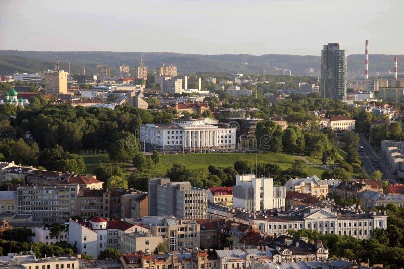 VILNIUS, LITAUEN, Ansicht eines Gebäudes aufgestellt auf den Tauras-Hügel in Vilnius, Litauen stockfotos