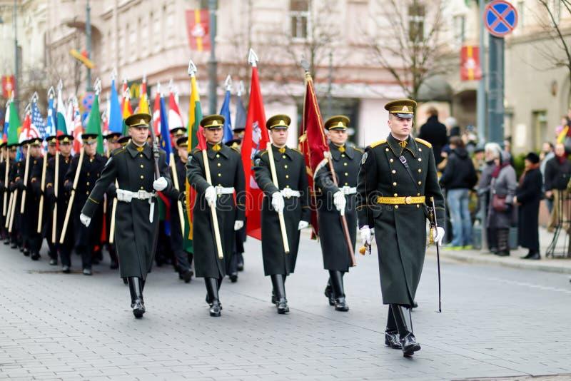 VILNIUS LITAUEN - MARS 11, 2015: Festligt ståta som Litauen markerade den 25th årsdagen av dess självständighetåterställande royaltyfria bilder