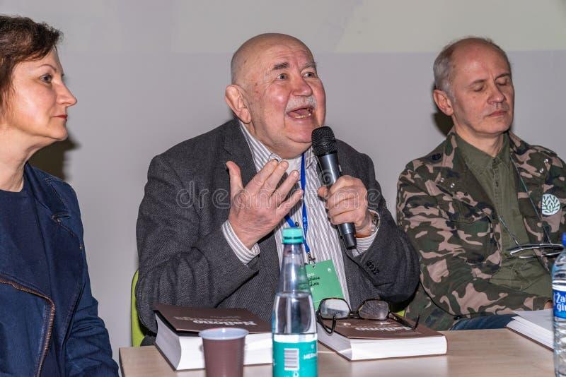 VILNIUS, LITHUANIE - 21 FÉVRIER 2019 : Le livre international de Vilnius loyalement photographie stock