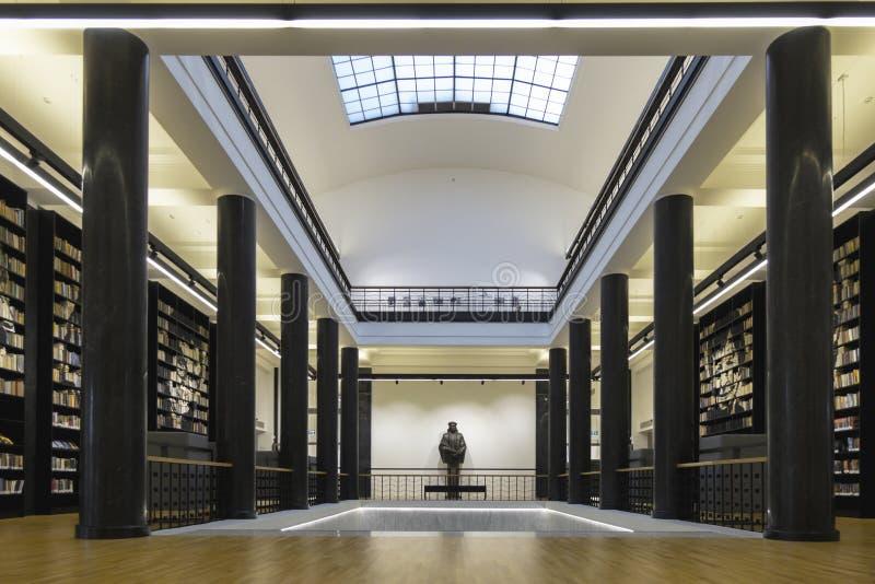 Vilnius, LITOUWEN - September 17, 2018: Martynas Mazvydas National Library van Litouwen stock foto's