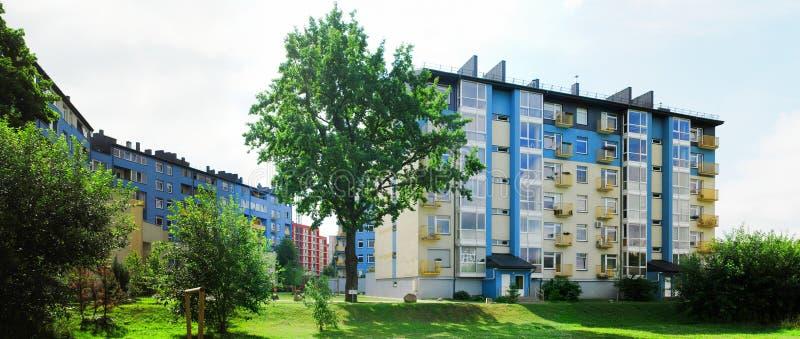 Download Vilnius Vandaag. Nieuwe Gebouwen Bij Pasilaiciai Stock Foto - Afbeelding bestaande uit hoog, zaken: 39103682