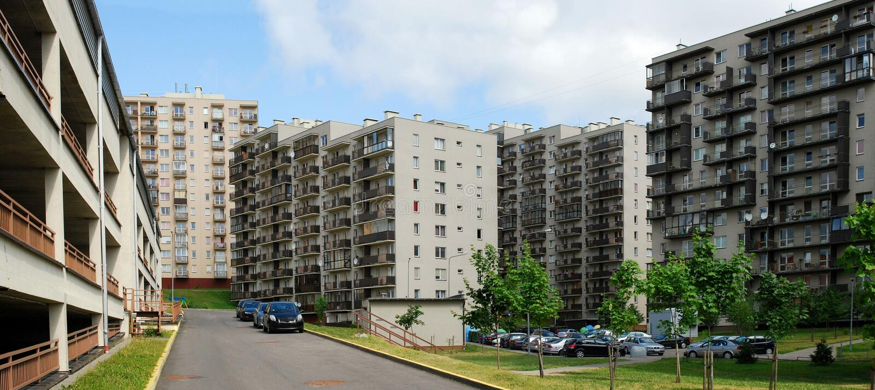 Download Vilnius Vandaag. Nieuwe Gebouwen En Aard. Stock Foto - Afbeelding bestaande uit collectief, district: 39103694