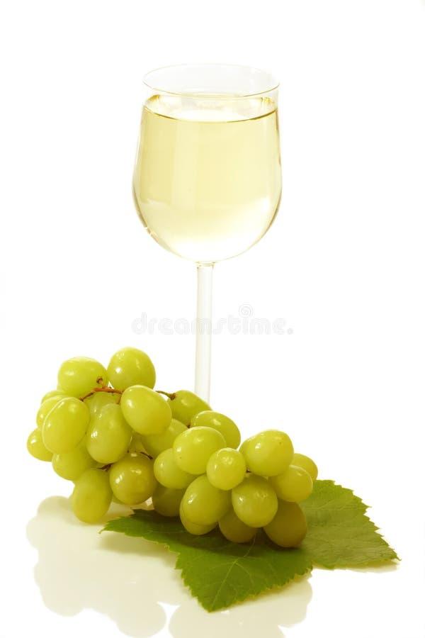 Vin avec des raisins photo libre de droits