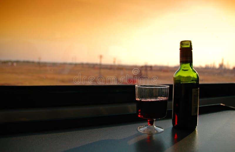Download Vin de coucher du soleil photo stock. Image du horizontal - 4350236