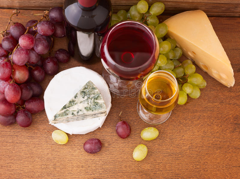 Vin et fromage image stock