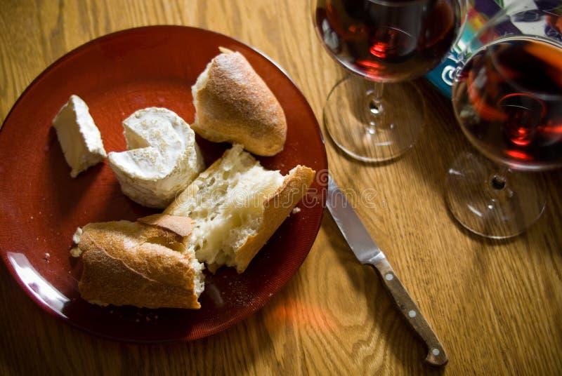 Download Vin et fromage image stock. Image du délicatesse, diner - 8653183