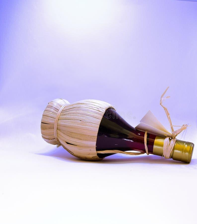 Vin rött vin, vinflaska, fylleristdrink royaltyfria foton