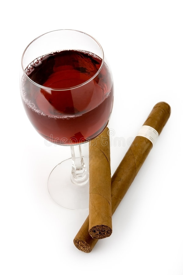 Vin rouge et cigares images stock