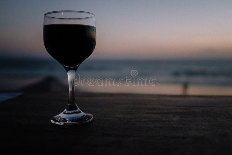 Vin till solnedgång arkivbilder