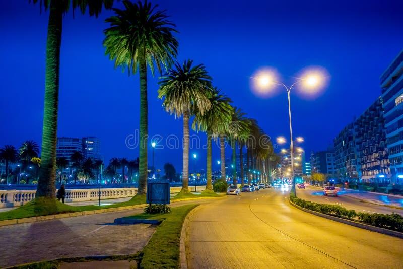 VINA DEL MAR, ЧИЛИ - 15-ОЕ СЕНТЯБРЯ 2018: Внешний взгляд взгляда ночи прибрежного города VI Del Mar в Чили с некоторым стоковые изображения rf