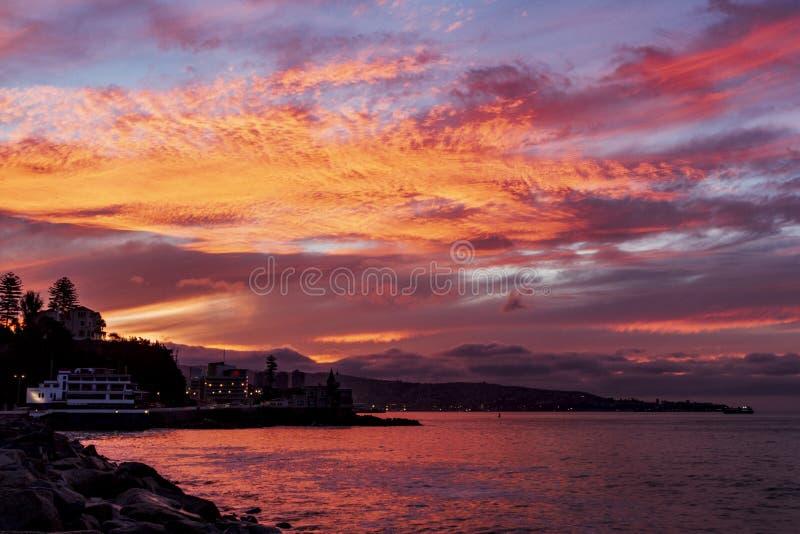 Vina del Mar-zonsondergangmening royalty-vrije stock foto's