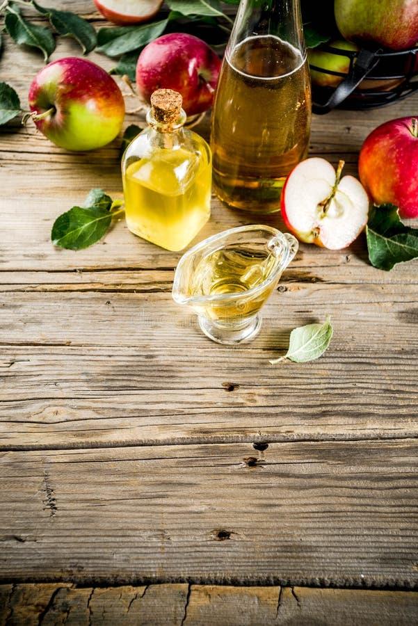 Vinaigre de cidre d'Apple photo libre de droits
