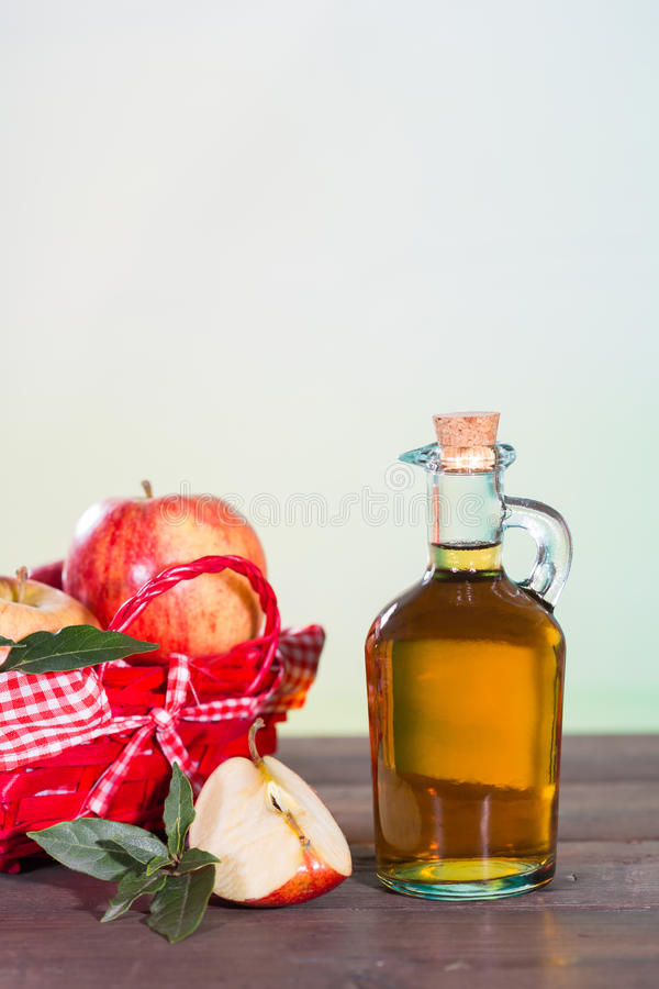 Vinaigre de cidre d'Apple photographie stock