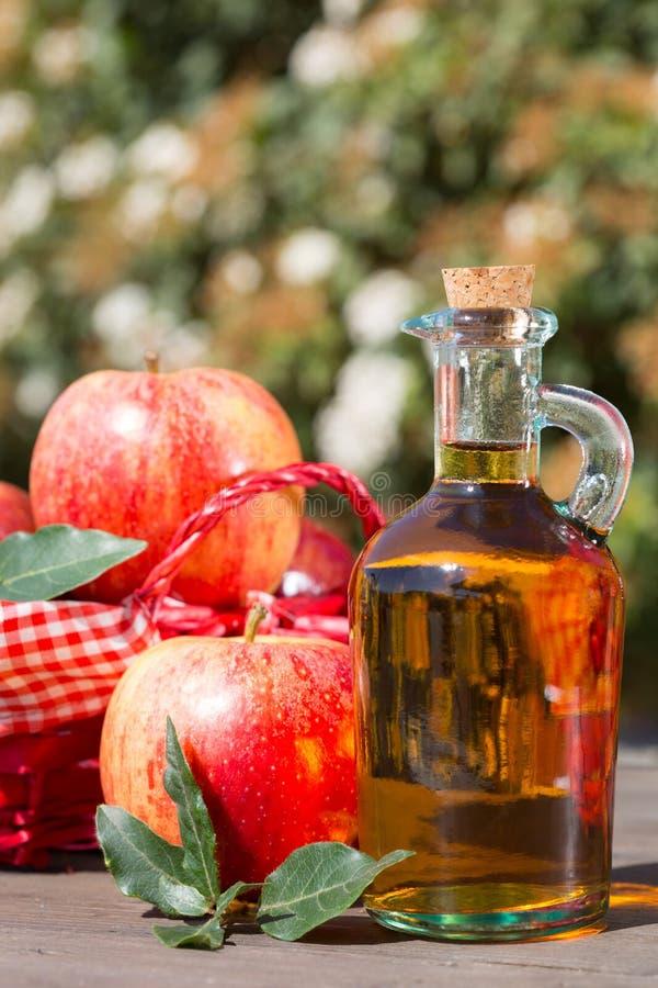Vinaigre de cidre d'Apple images stock