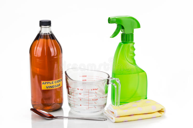 Vinaigre de cidre d'Apple, solution naturelle efficace pour le cleani de maison photo stock